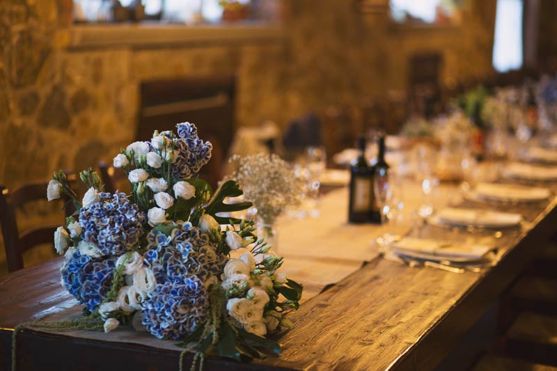 Dinertafel trouwlocatie Le Mura in Toscane