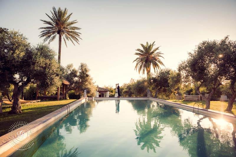Zwembad van trouwlocatie Fain Viejo in Spanje