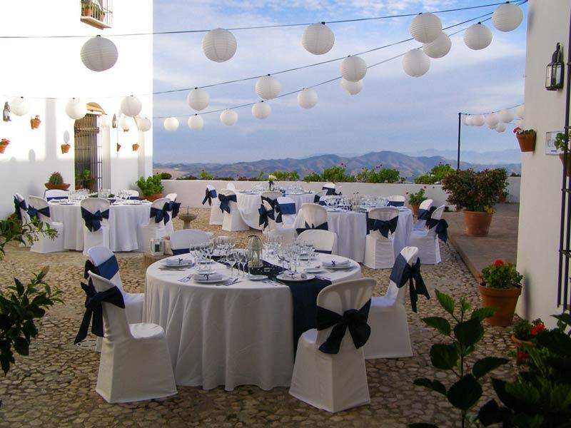 Dinertafels trouwlocatie in Spanje