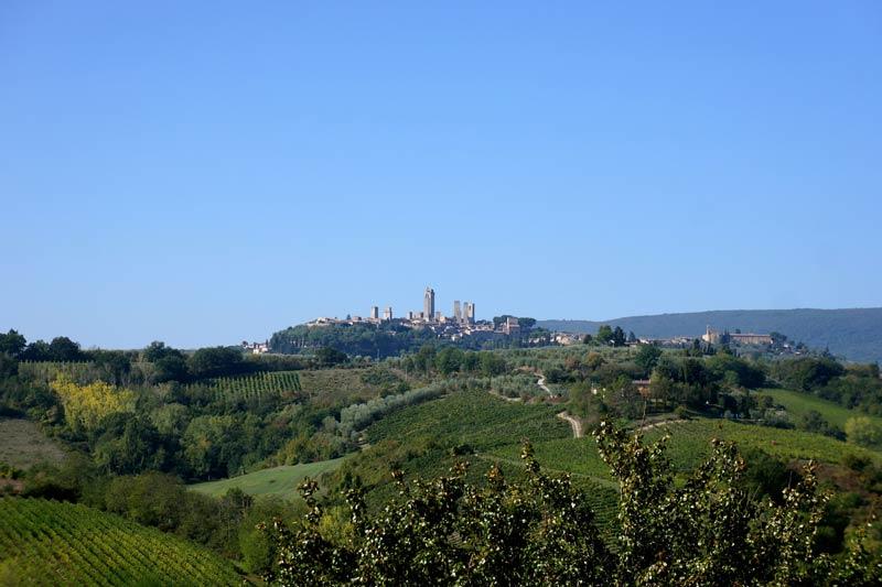 Uitzicht trouwlocatie Toscane op San Gimignano