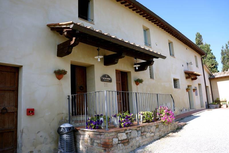 Receptiegebouw trouwlocatie Lucciolaia in Italië