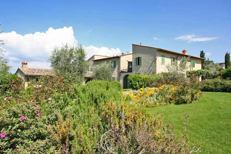 Tuin van de authentieke trouwlocatie Podere il Pino in Italië