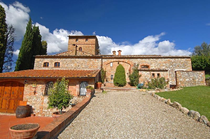Hoofdgebouw trouwlocatie villa Palagetto in Italië