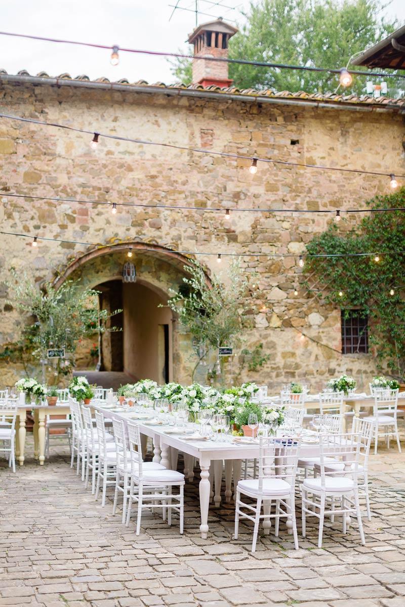 Dinertafel trouwlocatie Quercia al Poggio in Toscane