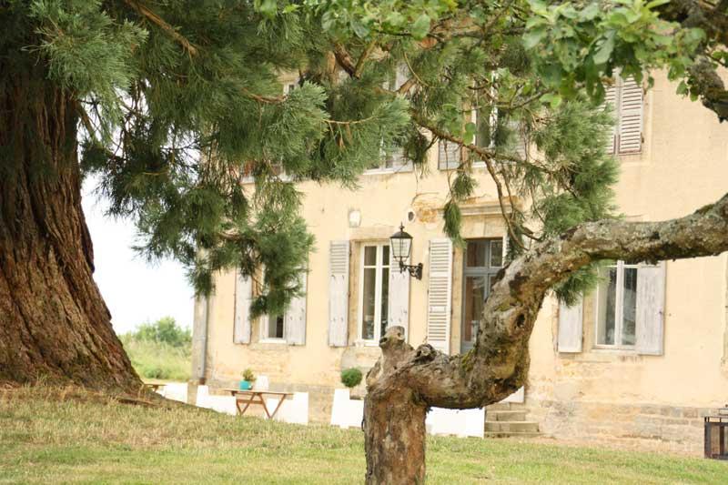 Trouwen bij trouwlocatie Domaine de Savigny in Frankrijk