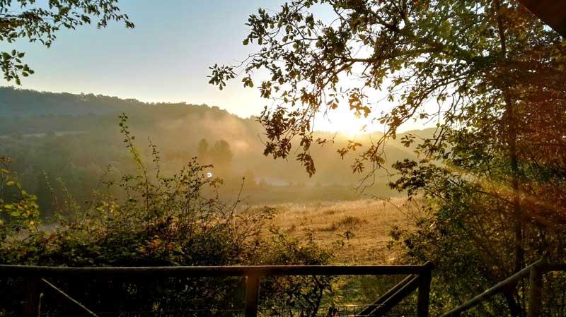 Uitzicht vanaf lodge bij trouwlocatie Domaine la Douce in Frankrijk