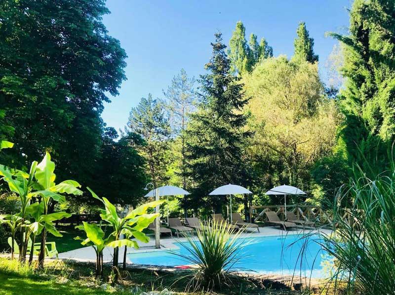 Zwembad van Domaine la Douce in Frankrijk