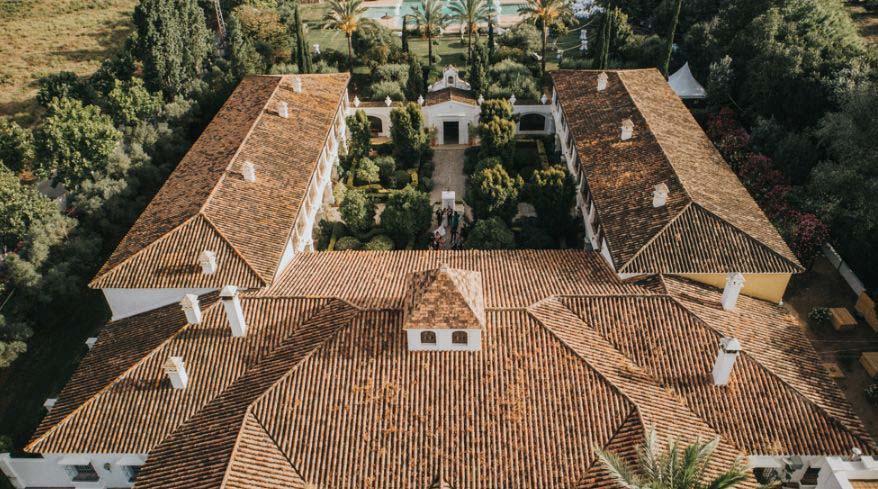 Binnenplaats trouwlocatie Finca Monasterio in Spanje