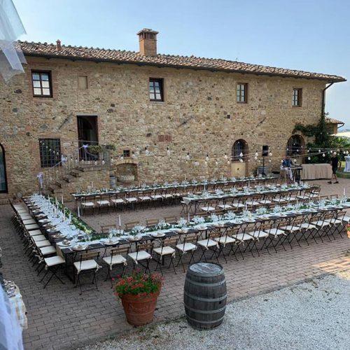 Dinertafels Fattorie Santo Pietro trouwlocatie in Italie
