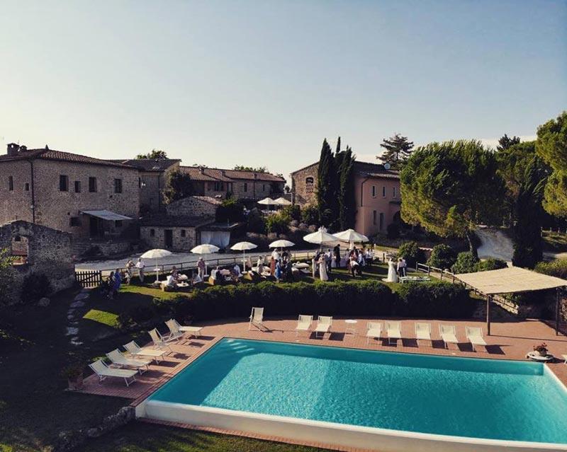 Zwembad trouwlocatie Tenuta di Papena in Toscane